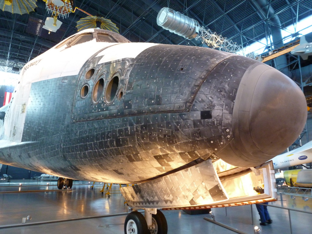 Space Shuttle Discovery, c Nick Leghorn